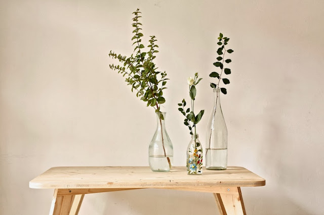 http://3.bp.blogspot.com/-uYO54Hb4-Z0/UmvTmHKOrYI/AAAAAAAADTQ/ysFlZZvbIzY/s1600/table+vase.JPG
