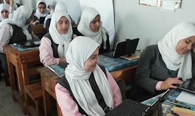 فضيحة مدرسة الثانويه الفنية بنات بمركز بني مزار المنيا ضبط كمبيوتر افلام اباحية به 39 فيلم جنسى داخل كنترول المدرسة