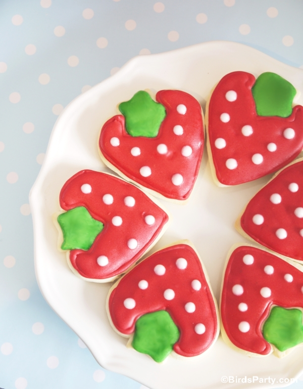 DIY Strawberry Shaped Decorated CookiesParty IdeasParty