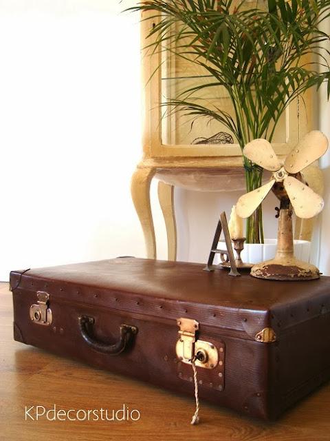 Comprar maletas antiguas y objetos vintage auténticos de época