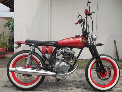 Modifikasi Motor Honda CB100 Keren title=