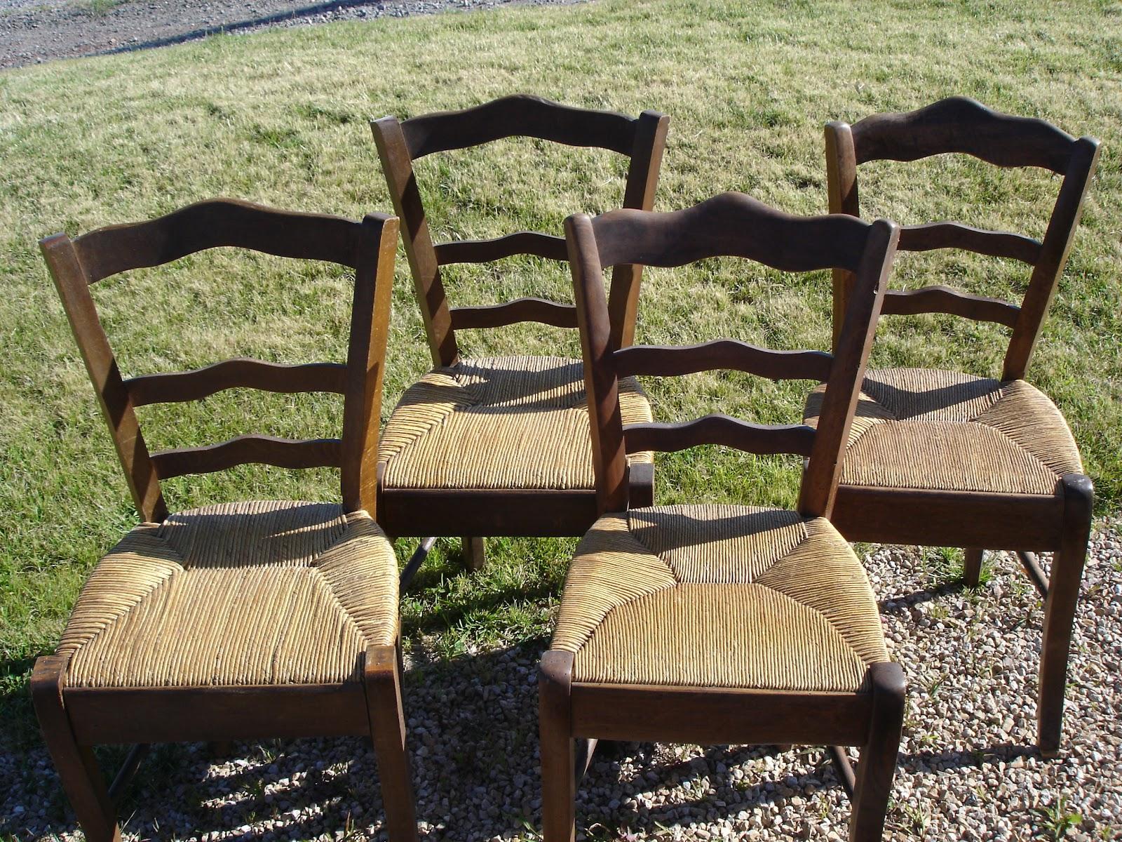 Dressing grenier juillet 2012 - Nettoyer chaise en paille ...