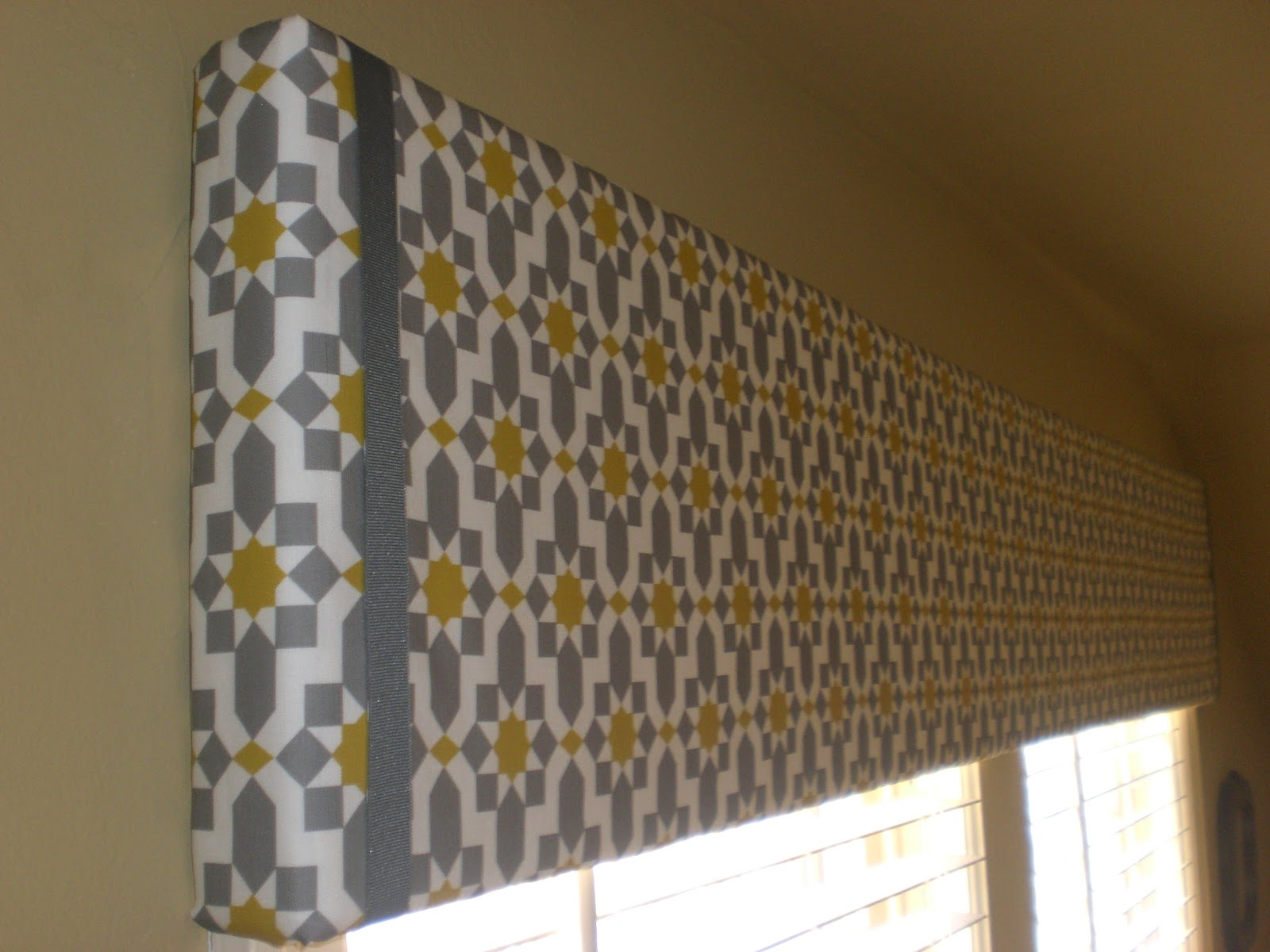 Curtain valance diy Decorate the house with beautiful curtains