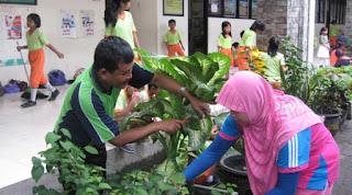 PERATURAN BARU BUPATI PURWAKARTA BAGI PELAJAR DAN PNS 2015