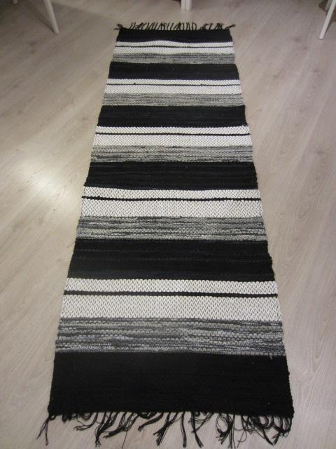 Lang Matta Kok : Den andra mattan hade mera vitt i sig och var precis lika fin och
