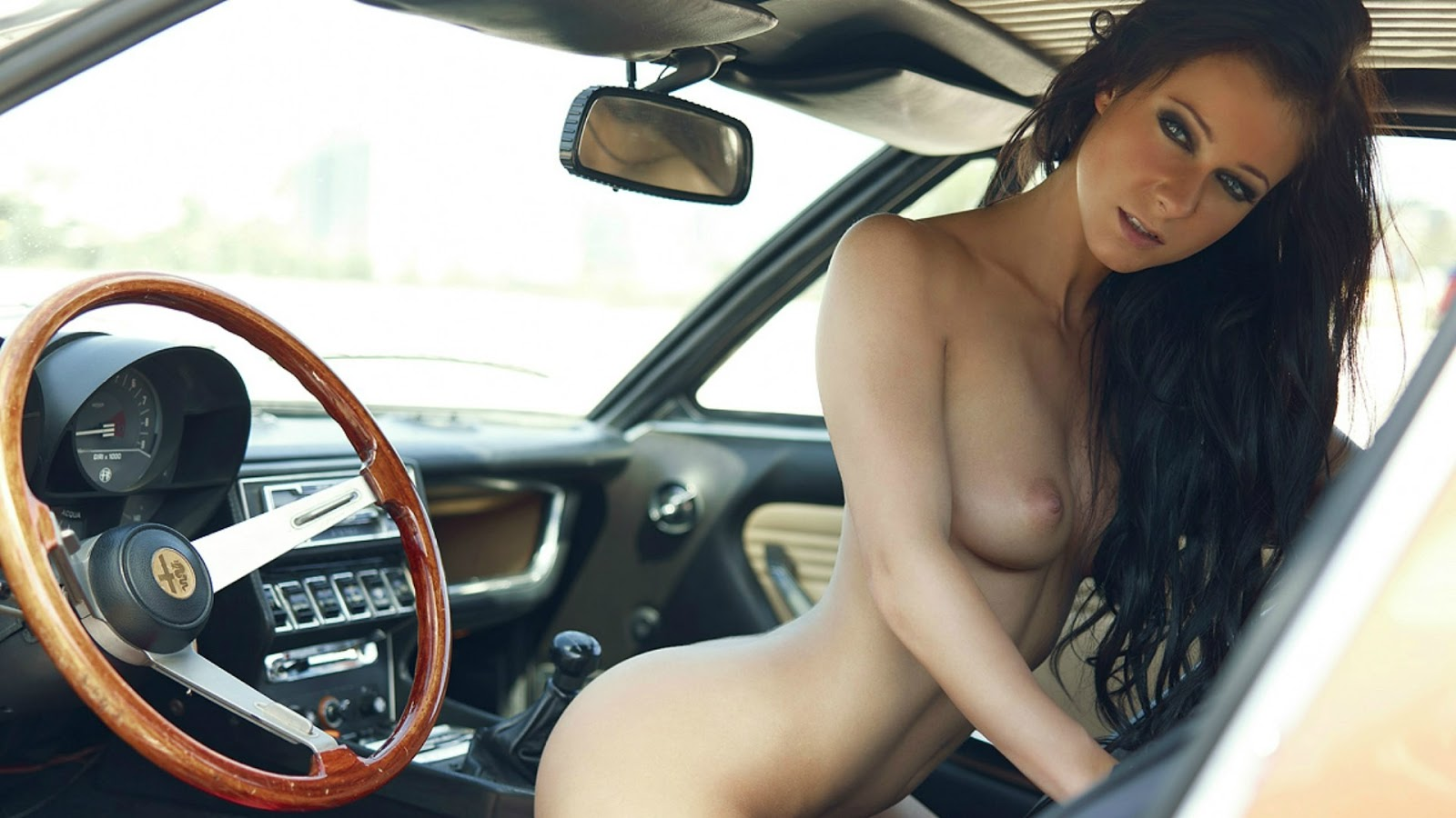 Melisa Mendiny Naked In Car Nude Wallpaper