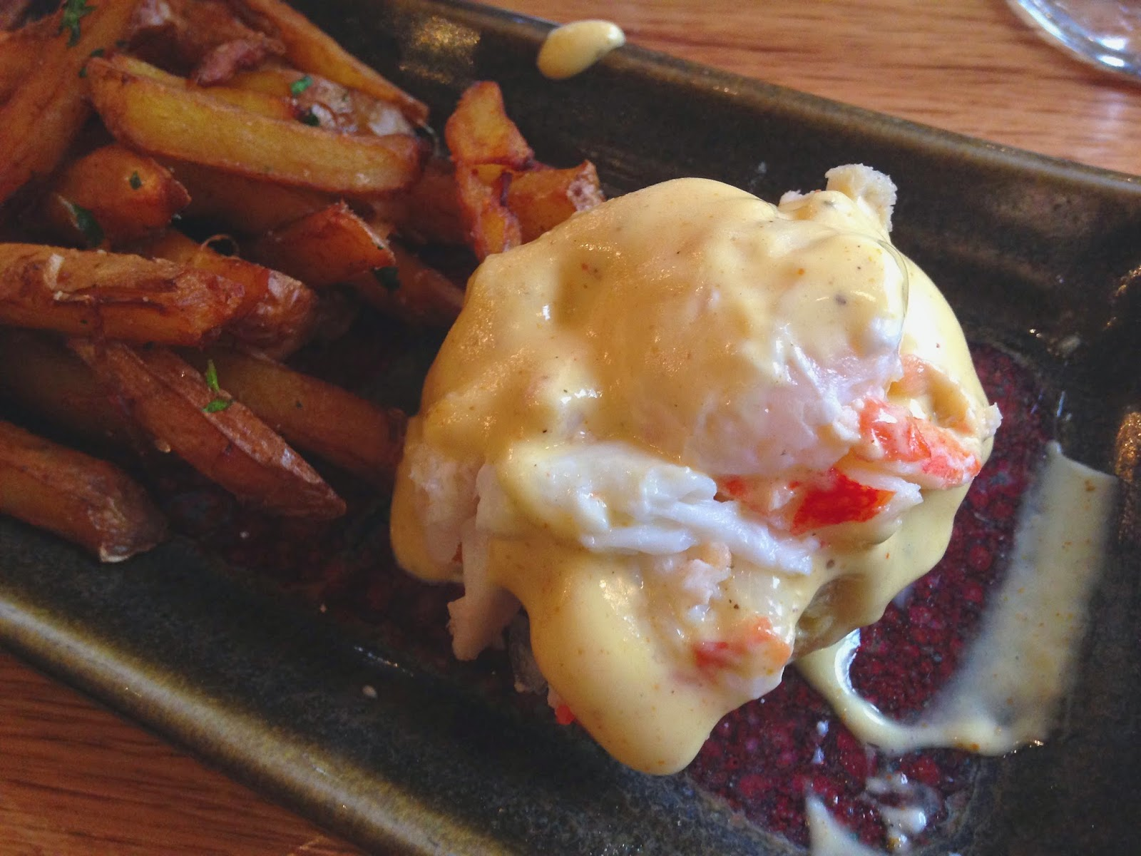 Mini Crab Eggs Benedict
