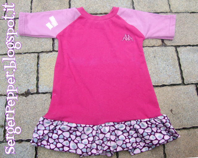 Pink refashion (FREE PATTERN) - Raglan Shirts with Skirt - Maglie rosa con la gonna!