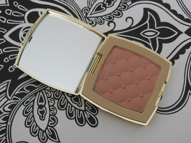 Avon luxe collection highlighter