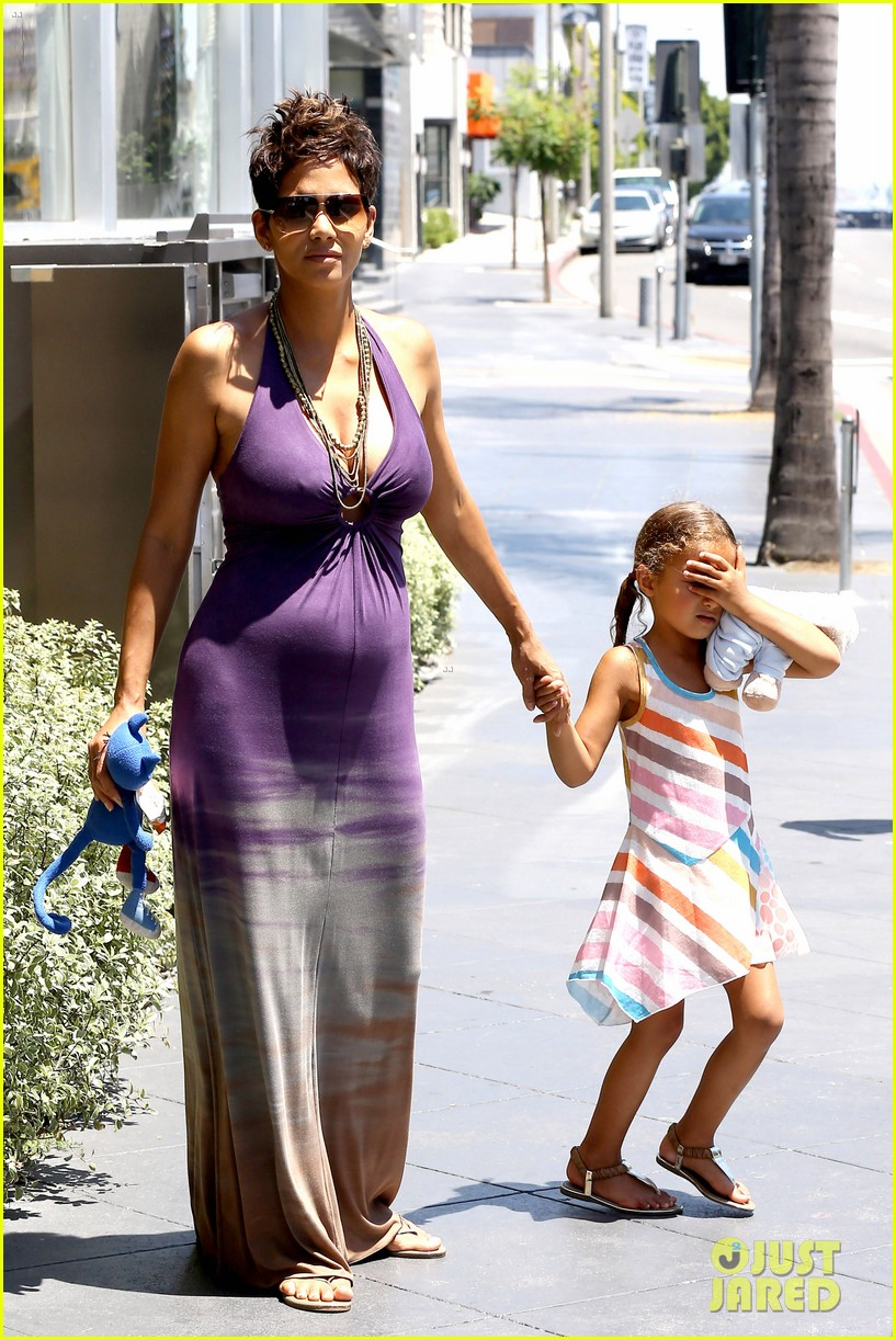 law offices of jonathan franklin protecting children from protecting children from paparazzi halle berry will testify