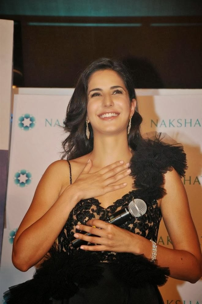 katrina-kaif-hot-pics-in-see-through-dress-3