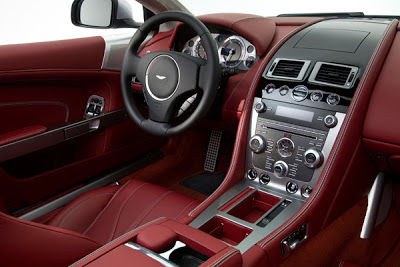Aston Martin DB9 2013- interior - coches y motos 10.jpg