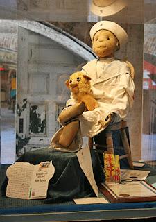 Boneka Paling Misterius di Dunia