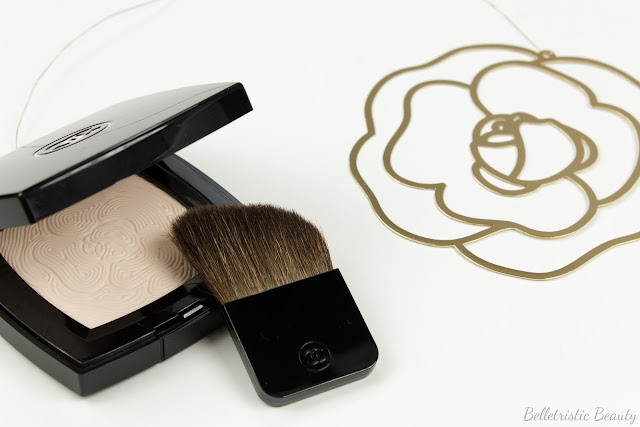 Chanel Jardin de Camelias Illuminating Face Powder Spring 2014 Asia Exclusive in studio lighting