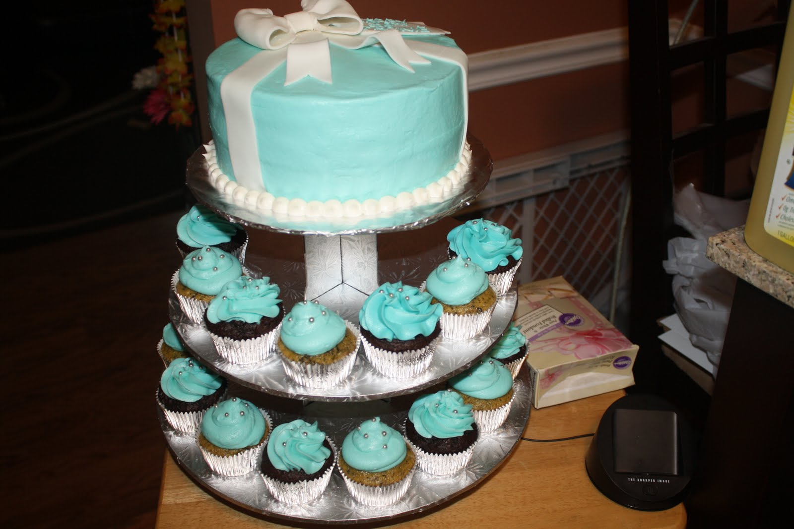30th birthday cake cupcake tower the frosting addict for 30th birthday cake decoration