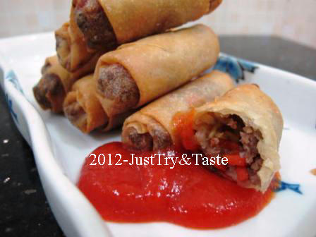 ... dari blog Steamy Kitchen - Mother's Famous Chinese Egg Rolls