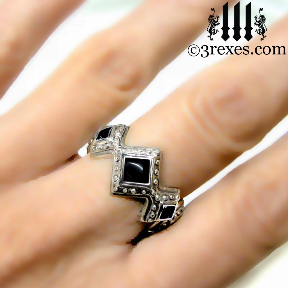 Silver Royal Gothic Wedding Engagement Band black onyx model view