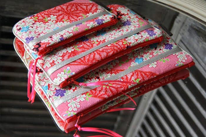 ensemble 3 pochettes itaya naomi en crèpe de soie