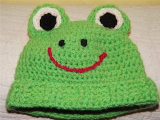 Gorro verde tejido a ganchillo o crochet