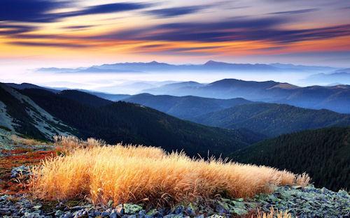 Panorámica de las montañas - Over the mountains view | haz clic para ampliar esta imagen