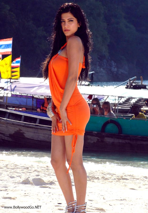 Shruti-Hassan-Hot-Photos%2B%25281%2529