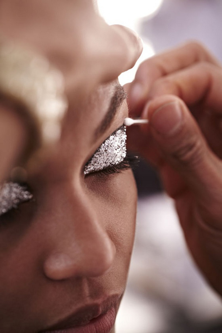 Silver glitter eyelids, backstage beauty at fashion week, beauty look