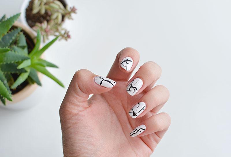 nails | marble effect nail art | BURKATRON