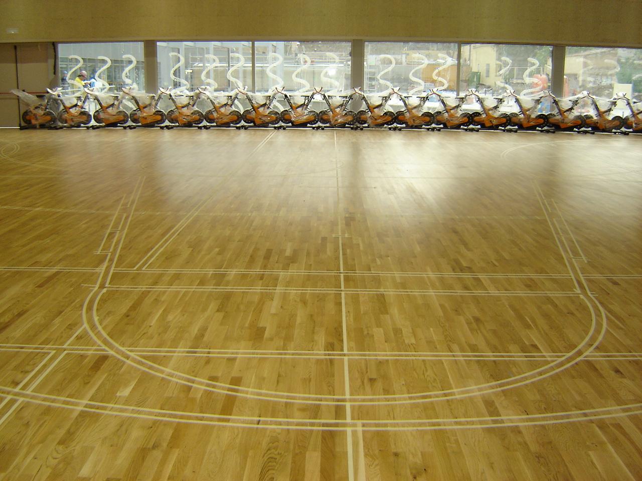 El blog de los pavimentos ligeros marcaje y pintura de - Pintura para pistas deportivas ...