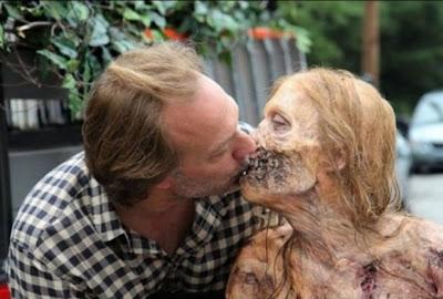TWD Nicotero kisses zombie