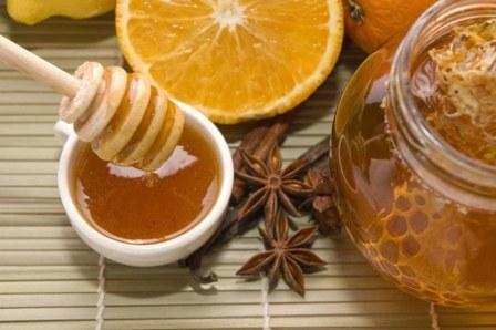 Застосування кориці з медом при прищах