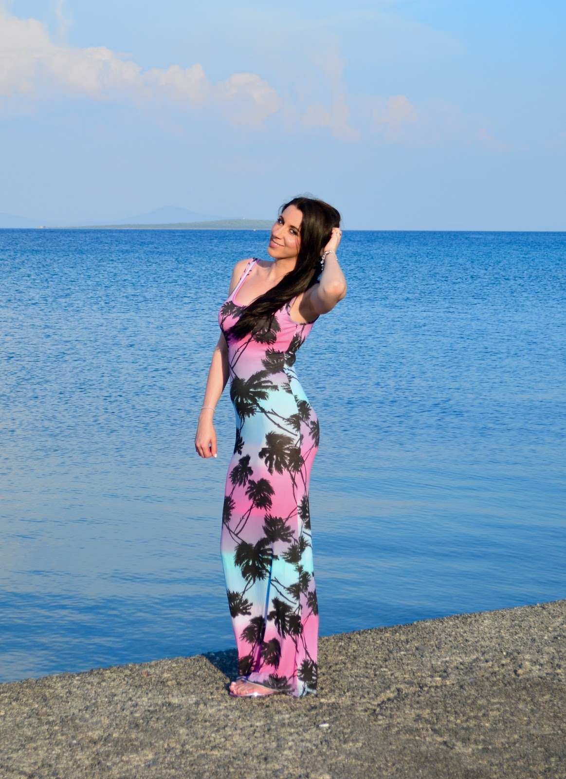 MissguidedROSIO PALM PRINT MAXI DRESS, OOTD, Holiday OOTD, Fashion Blogger