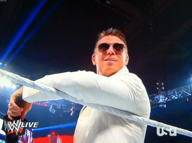 ROYAL RUMBLE 15 Miz+white+suit+return+shoot