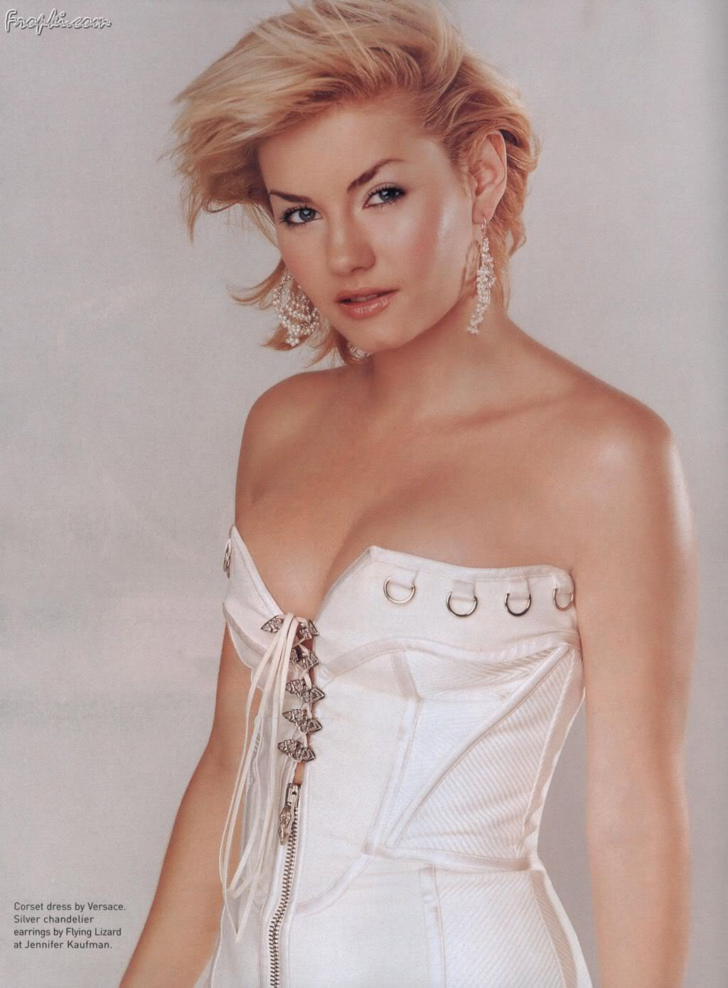 Elisha Cuthbert showcasing her Assets &#187; UniCelebs 5