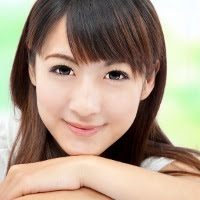 http://asalasah.blogspot.com/2012/04/penyebab-cewek-lebih-mudah-tersenyum-dibanding-cowok.html