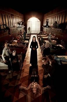 American Horror Story 2x01 Subtitulado