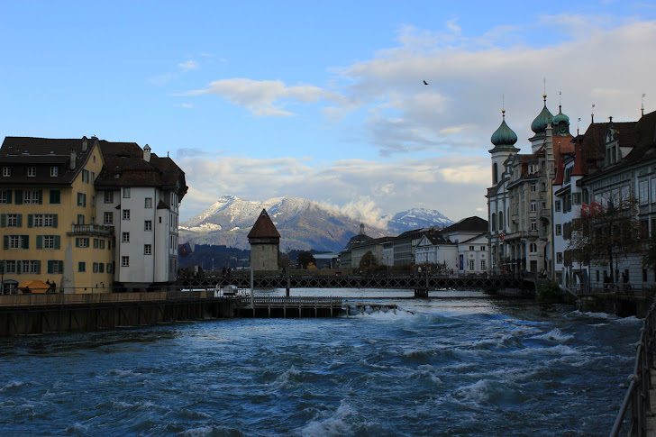 *Water... Old town... Moutains... What else? Lucerne*