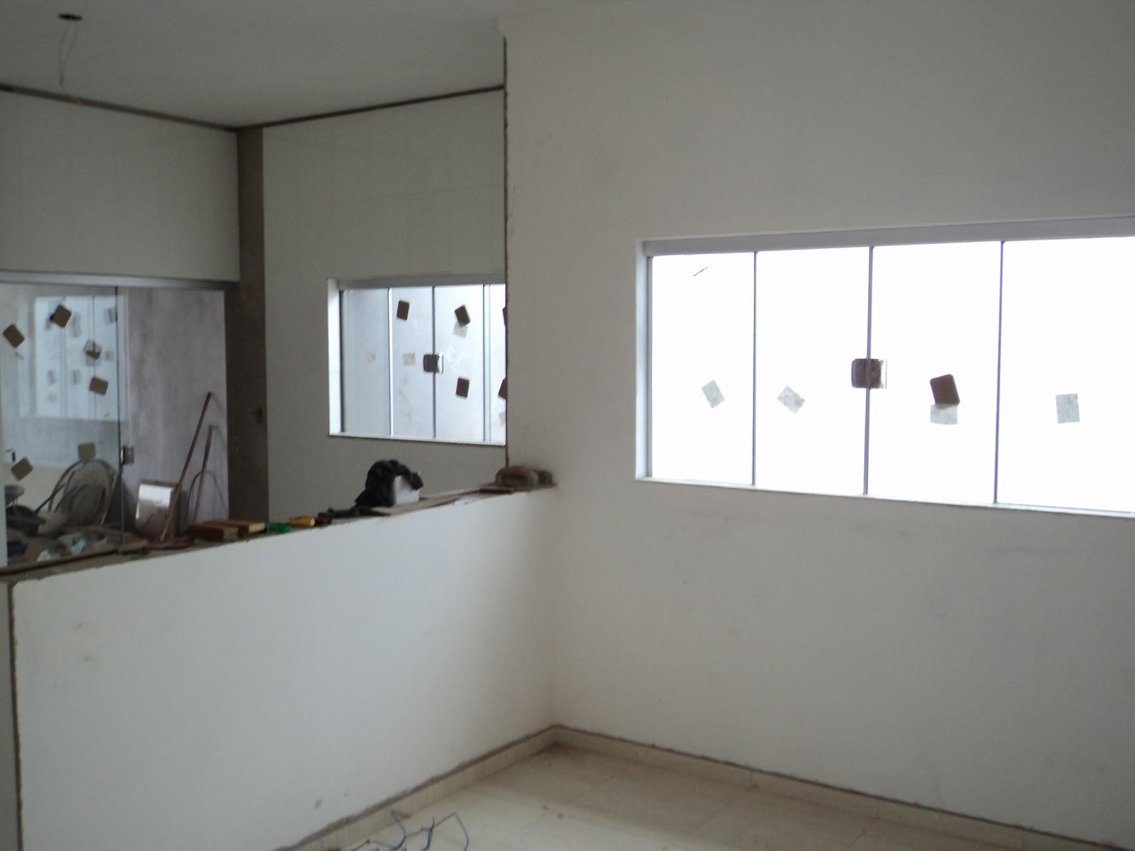 #565C75 FRANCO VIDROS TEMPERADOS: Obra em Campos Novos Paulista 38 Janelas De Vidro Cor Bronze