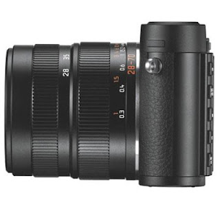 Leika X Vario w/ Elmar 28-70 mm f/3.5 - 6.4 ASPH - side