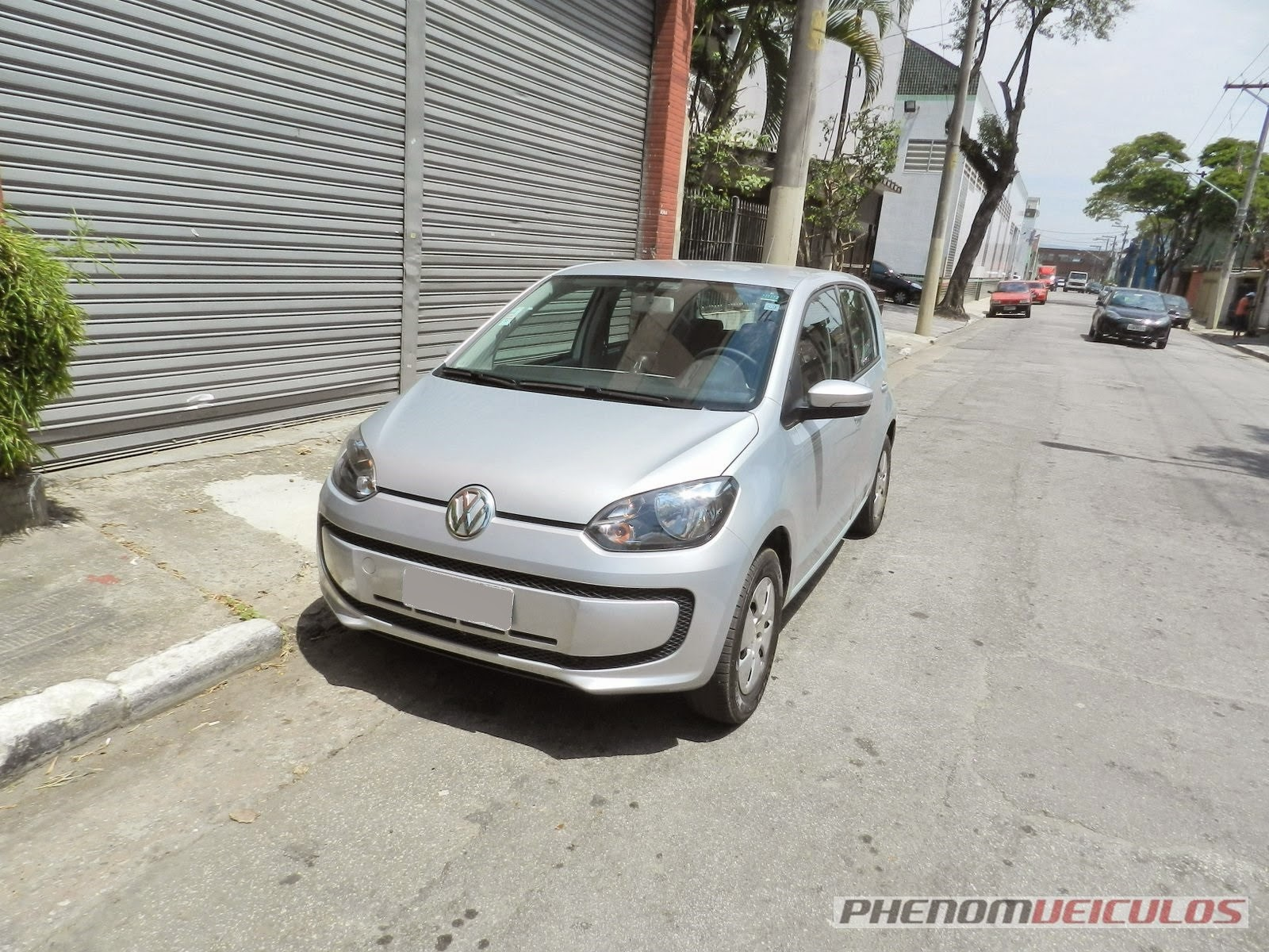 Review Volkswagen Move Up!: baixinho e bom de briga
