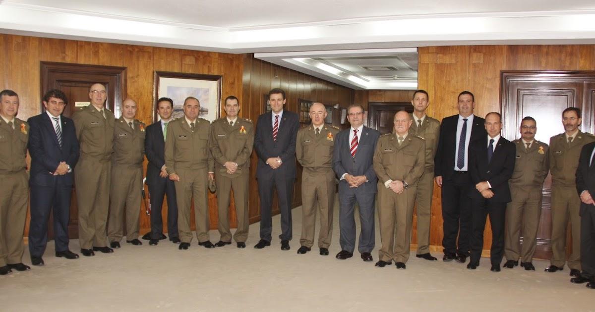 Toledo news caja rural ratifica su respaldo a la academia for Caja rural de toledo oficinas