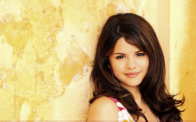 selena_gomez_spicy_hot_sweetangelonly.com