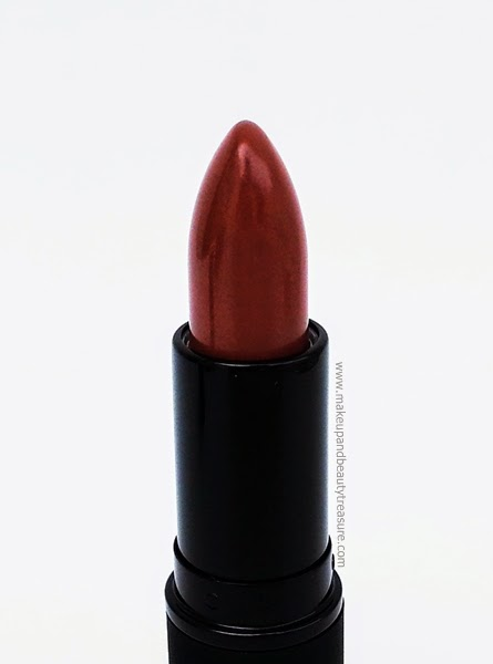 Living-Nature-Lipstick-Review-Swatches