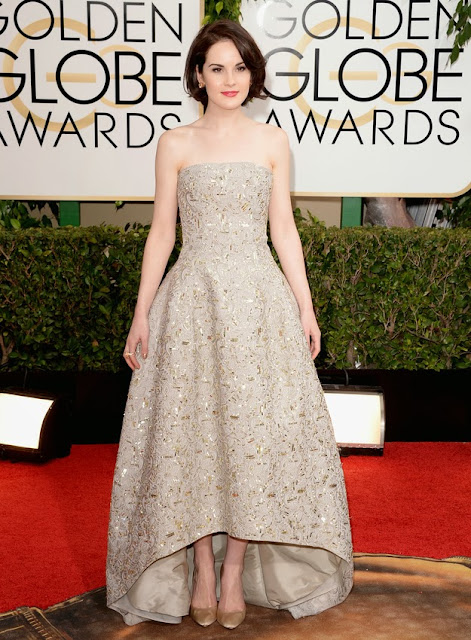 Michelle Dockery in Oscar de la Renta at the Golden Globes