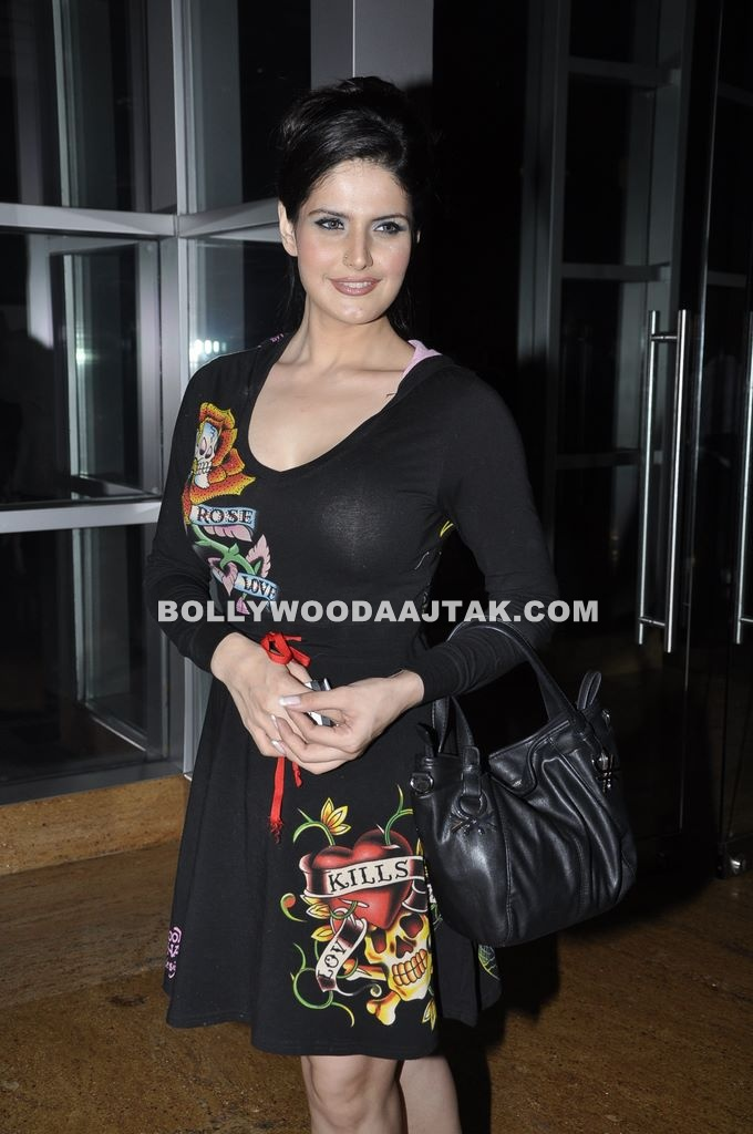 Zarine Khan at Grand Hyatt