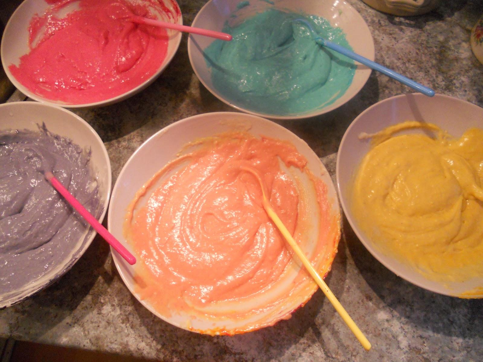 regnbågstårta recept karamellfärg