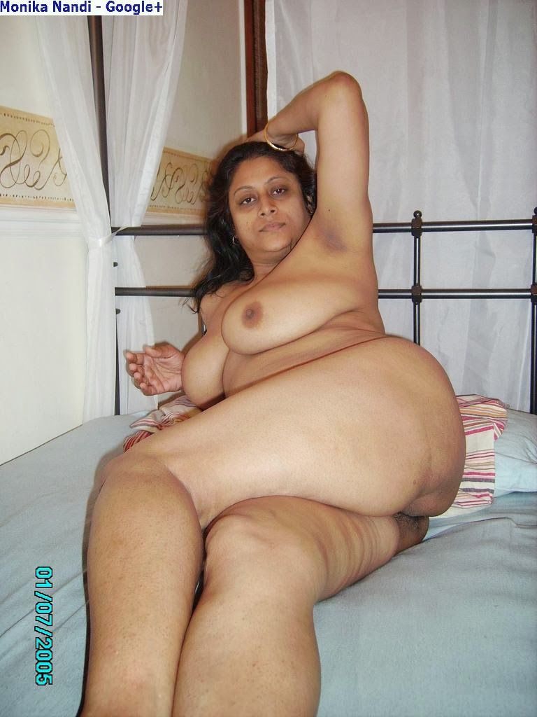 ebony-movie-indian-aunties-nude-pose