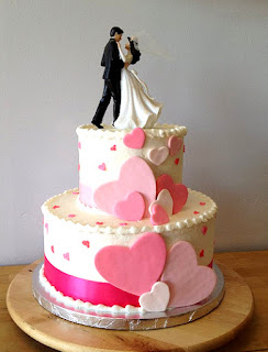 Tortas de bodas decoradas con corazones