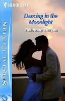Book cover of Dancing in the Moonlight by RaeAnne Thayne (Idaho romance novel with wounded female soldier)