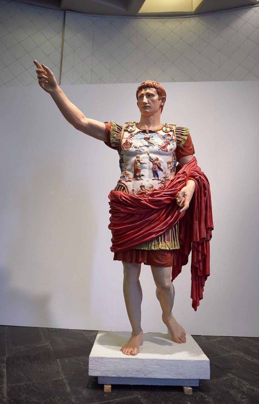 Augusto la policrom a del augusto de prima porta for Augusto roma