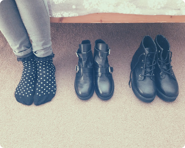 Cut_Out_Boots
